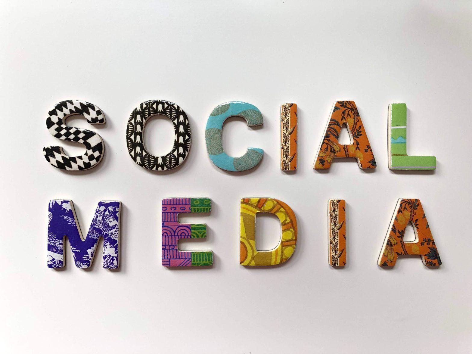 Tim Weisheit Social Media Schriftzug