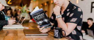 Tim Weisheit Mann liest Expert Secrets