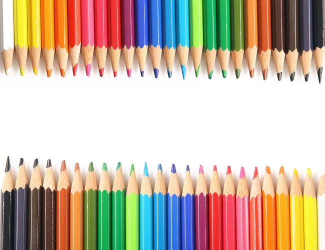Verschiedene Stiftfarben stehen für verschiedene Positionierungsstrategien